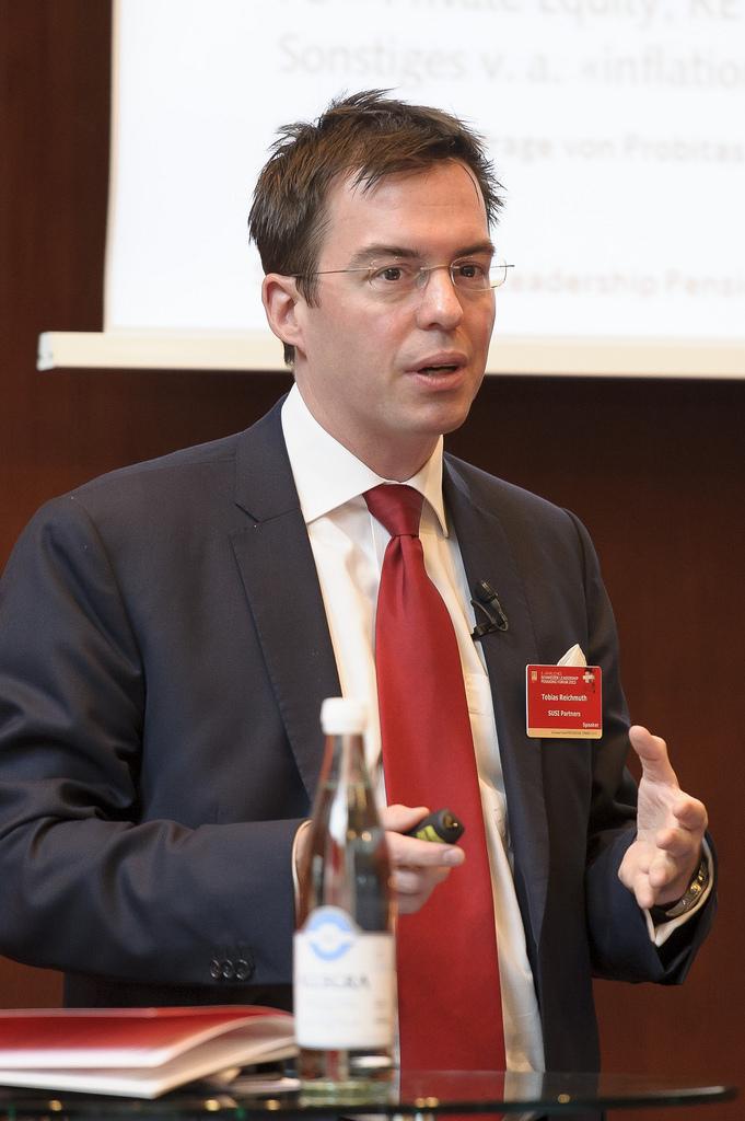 Dr. Tobias Reichmuth